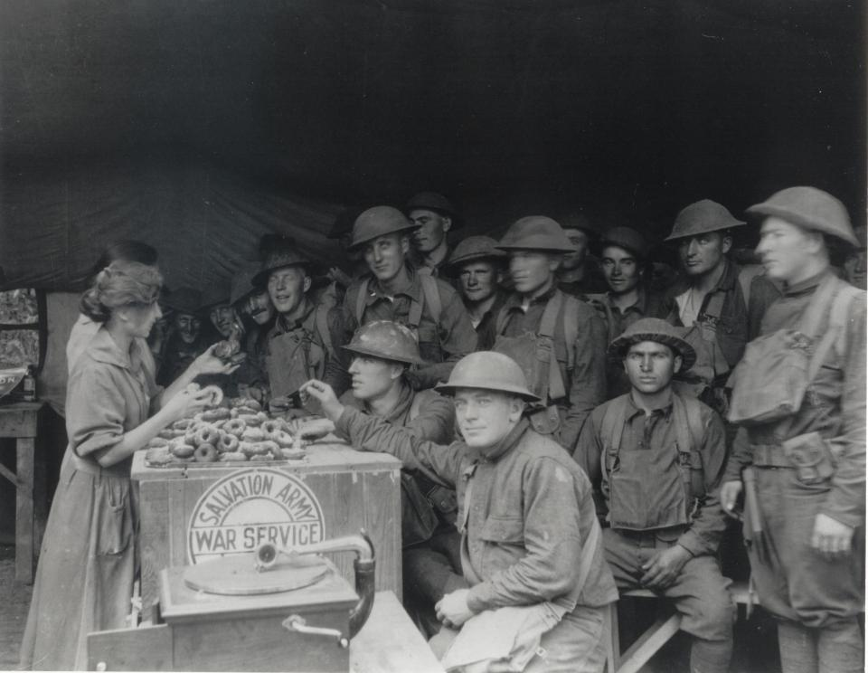 Salvation Army Donut Lassies WWI